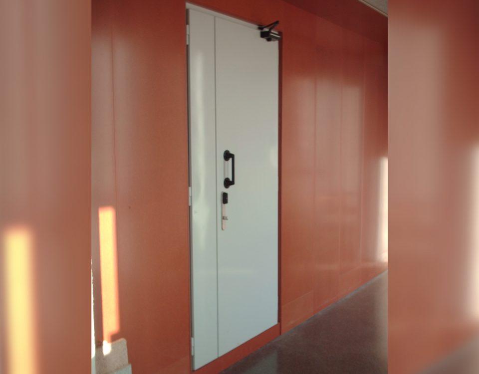 [es:puerta acustica RS-ESSENTIAL 46dB][en:RS-ESSENTIAL 46dB acoustic door][fr:Porte acoustique RS-ESSENTIAL 46dB][de:Schallschutztür RS-ESSENTIAL 46dB]